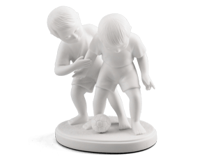 Playing ball - Sculpture - White