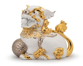 Kylin 34 cm (right) - Sculpture - White (gold line)