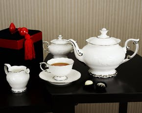Accessories (tea/coffee set)